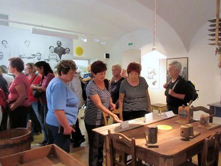 13 Loštice  - ve vstupní hale Muzea olomouckých tvarůžků