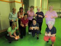 Cvičení harmonické gymnastiky s lucerničkami